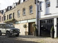 2015 Land Rover Defender Autobiography, 2 of 5