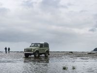 2015 Land Rover Defender Heritage, 2 of 5