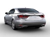 2015 Lexus LS , 4 of 31