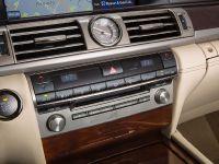 2015 Lexus LS , 14 of 31