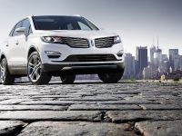 thumbnail image of 2015 Lincoln MKC