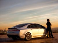 2015 Lincoln MKZ and Matthew McConaughey, 2 of 4