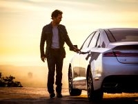 2015 Lincoln MKZ and Matthew McConaughey, 4 of 4