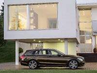 2015 Mercedes-Benz C-Class Estate, 38 of 41