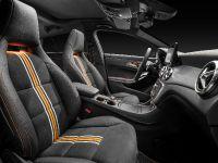 2015 Mercedes-Benz CLA Shooting Brake, 16 of 18