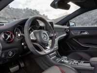 2015 Mercedes-Benz CLA45 AMG Shooting Brake, 13 of 17