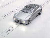 2015 Mercedes-Benz Concept IAA, 9 of 17