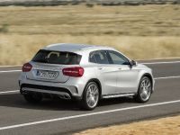2015 Mercedes-Benz GLA 45 AMG, 7 of 10