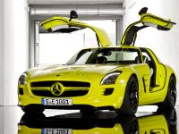 2015 Mercedes-Benz SLS AMG E-CELL, 4 of 19
