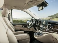 2015 Mercedes-Benz V-Class, 29 of 32