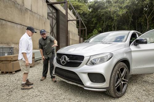 Mercedes-Benz и Мир Юрского Периода