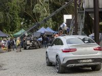 2015 Mercedes-Benz Vehicles in Jurassic World, 4 of 15
