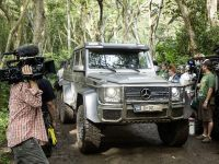 2015 Mercedes-Benz Vehicles in Jurassic World, 5 of 15