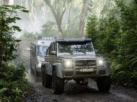 2015 Mercedes-Benz Vehicles in Jurassic World, 6 of 15