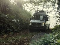 2015 Mercedes-Benz Vehicles in Jurassic World, 14 of 15