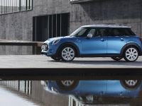 2015 MINI 5-door Hatchback, 14 of 150