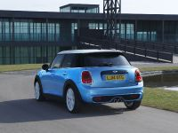 2015 MINI 5-door Hatchback, 16 of 150