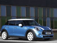 2015 MINI 5-door Hatchback, 18 of 150
