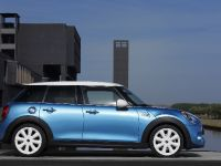 2015 MINI 5-door Hatchback, 19 of 150