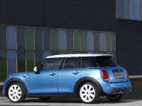2015 MINI 5-door Hatchback, 21 of 150
