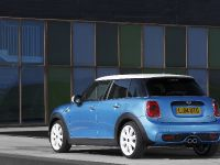 2015 MINI 5-door Hatchback, 23 of 150