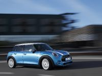 2015 MINI 5-door Hatchback, 28 of 150