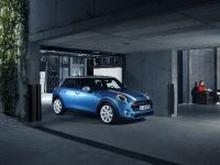 2015 MINI 5-door Hatchback, 52 of 150