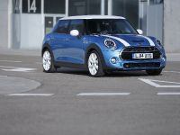 2015 MINI 5-door Hatchback, 70 of 150