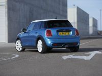 2015 MINI 5-door Hatchback, 72 of 150