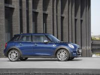 2015 MINI 5-door Hatchback, 84 of 150