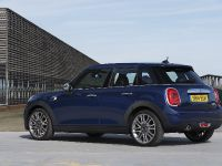 2015 MINI 5-door Hatchback, 90 of 150