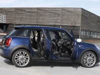 2015 MINI 5-door Hatchback, 93 of 150