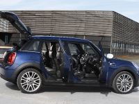 2015 MINI 5-door Hatchback, 94 of 150