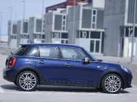 2015 MINI 5-door Hatchback, 123 of 150