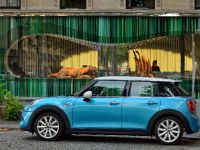 2015 Mini Cooper 5-door, 6 of 13