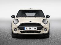 thumbnail image of 2015 MINI One First 5 door