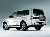 2015 Mitsubishi Pajero Facelift, 2 of 29
