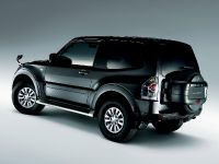 2015 Mitsubishi Pajero Facelift, 10 of 29