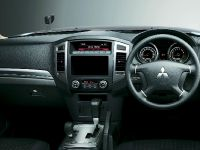 2015 Mitsubishi Pajero Facelift, 17 of 29