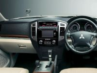2015 Mitsubishi Pajero Facelift, 25 of 29