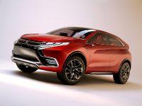 2015 Mitsubishi XR-PHEV II Concept, 3 of 35