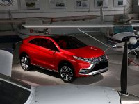 2015 Mitsubishi XR-PHEV II Concept, 5 of 35
