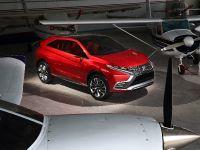 2015 Mitsubishi XR-PHEV II Concept, 6 of 35