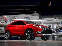 2015 Mitsubishi XR-PHEV II Concept, 9 of 35