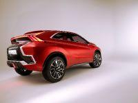 2015 Mitsubishi XR-PHEV II Concept, 19 of 35