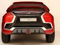2015 Mitsubishi XR-PHEV II Concept, 20 of 35
