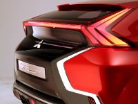 2015 Mitsubishi XR-PHEV II Concept, 29 of 35