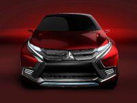 2015 Mitsubishi XR-PHEV II Concept, 31 of 35