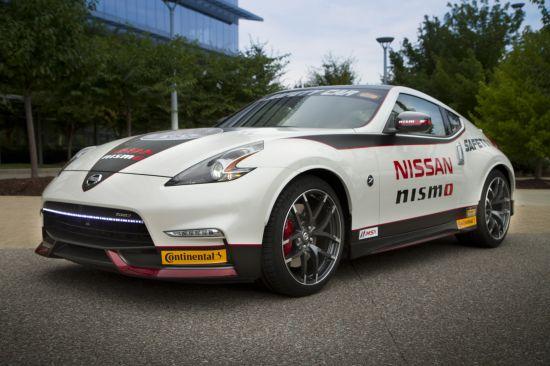 Nissan 370Z NISMO Safety Car