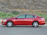 2015 Nissan Altima, 4 of 6